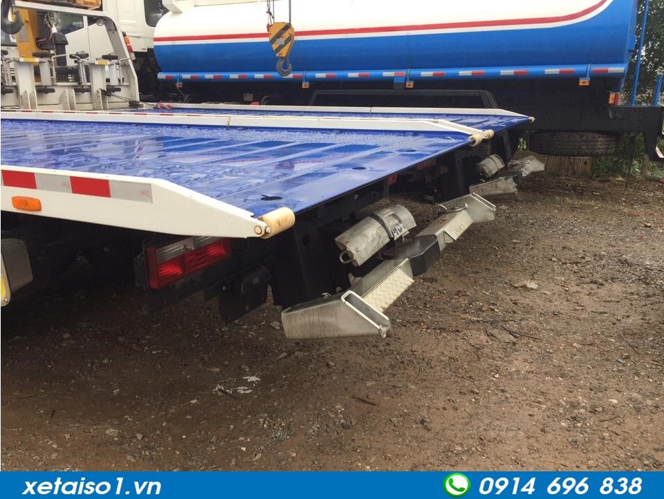 hệ thống nâng xe cứu hộ giao thông