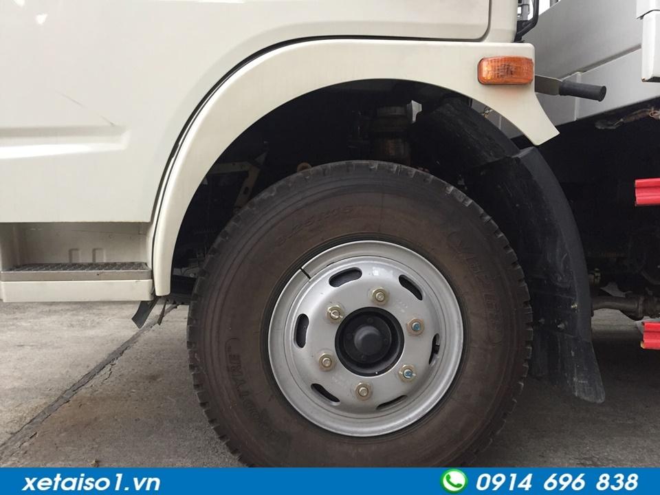 lốp xe cứu hộ giao thông