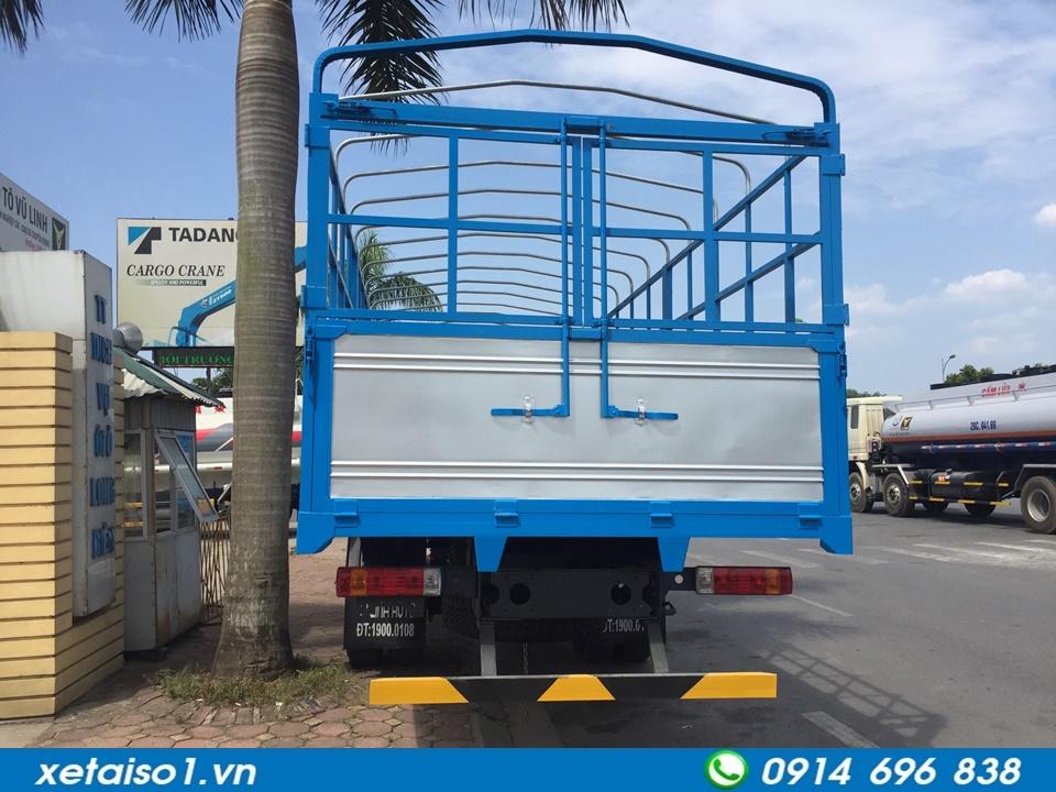xe tải thùng 2 chân faw