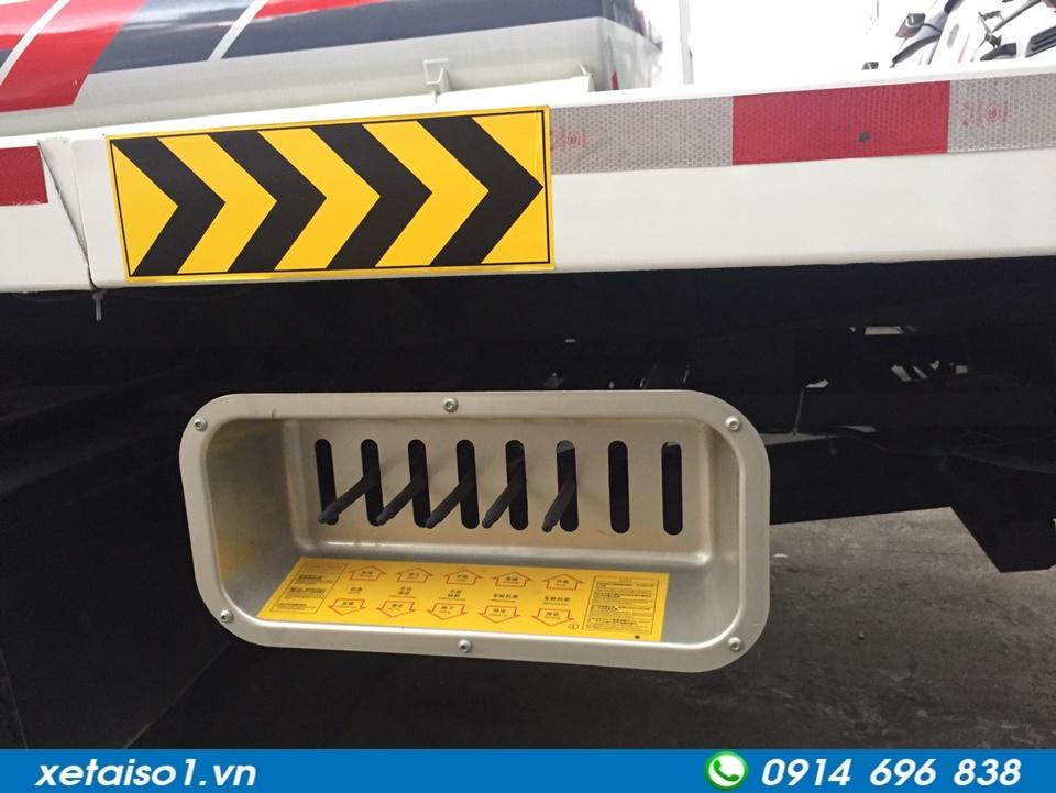 van điều khiển xe cứu hộ giao thông
